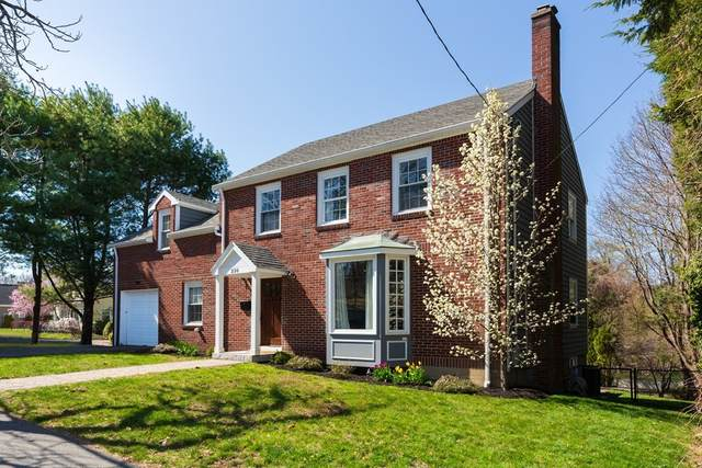 236 Pleasant St, Milton, MA 02186 (MLS #72815180) :: DNA Realty Group