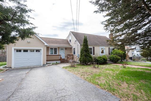 1 Cedarwood Lane, Burlington, MA 01803 (MLS #72815955) :: EXIT Realty
