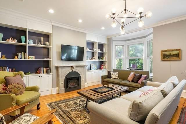 9 Albion Place, Boston, MA 02129 (MLS #72816424) :: Boston Area Home Click