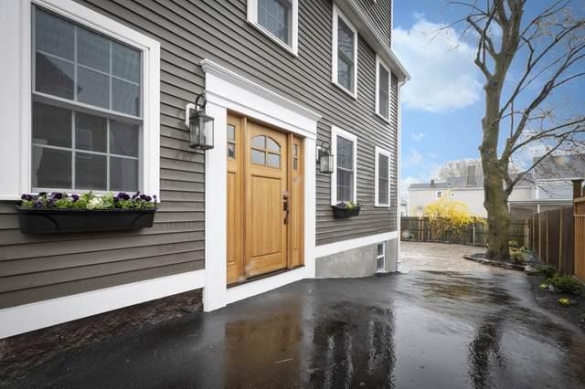 8 Osborne St, Salem, MA 01970 (MLS #72816703) :: Cape Cod and Islands Beach Properties