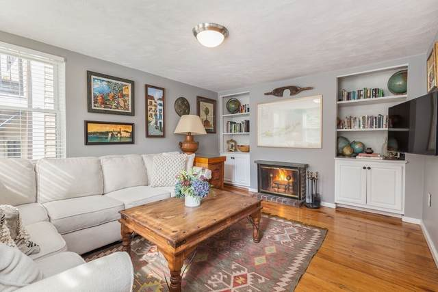 4 Mead Street Ct, Boston, MA 02129 (MLS #72817552) :: EXIT Realty