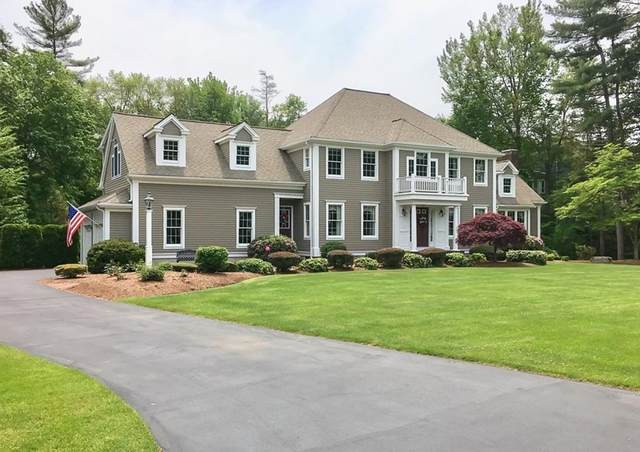 220 Old Schoolhouse Lane, Hanover, MA 02339 (MLS #72819081) :: Cape Cod and Islands Beach Properties