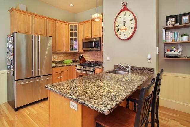 587 E 8Th St #1, Boston, MA 02127 (MLS #72825624) :: The Duffy Home Selling Team