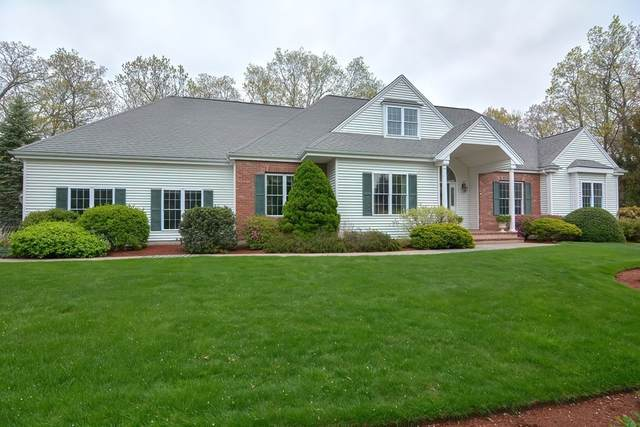 7 Wagon Wheel Rd, North Attleboro, MA 02760 (MLS #72826323) :: Welchman Real Estate Group