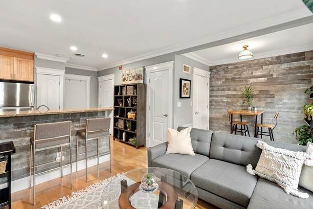 450 E 3rd St #2, Boston, MA 02127 (MLS #72826422) :: The Duffy Home Selling Team