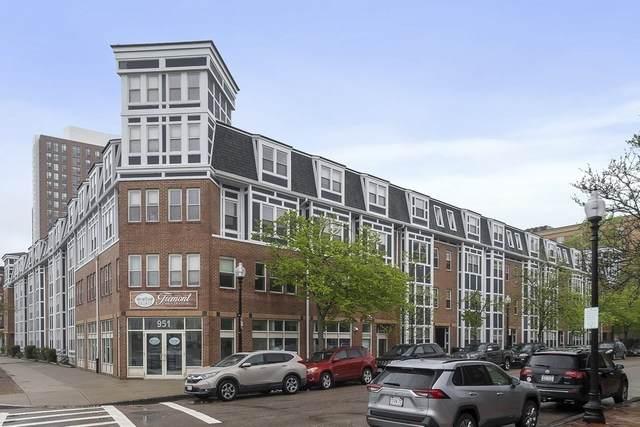 10 Douglas Park #5, Boston, MA 02118 (MLS #72826677) :: RE/MAX Vantage