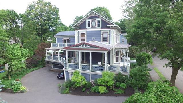 11 Chesley Rd, Newton, MA 02459 (MLS #72827118) :: Welchman Real Estate Group