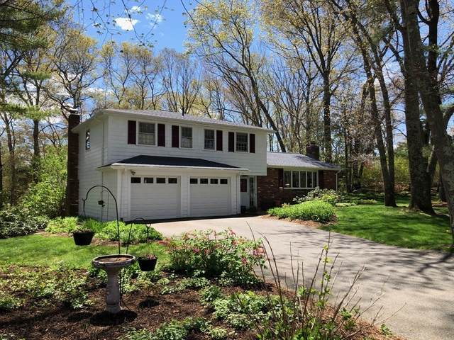 121 Green, Medfield, MA 02052 (MLS #72827715) :: Welchman Real Estate Group