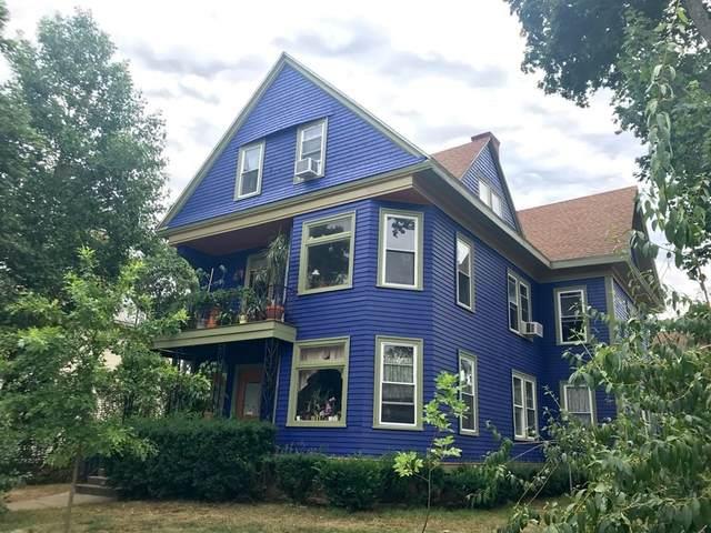 243 Carrington Ave, Woonsocket, RI 02895 (MLS #72827912) :: Westcott Properties