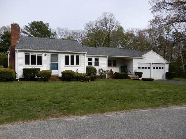 37 Franklin Ave, Barnstable, MA 02601 (MLS #72828568) :: Kinlin Grover Real Estate