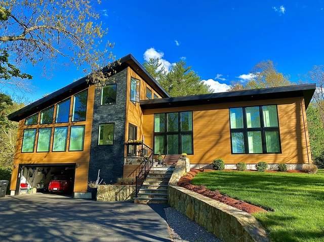 376 Mountain St, Sharon, MA 02067 (MLS #72829493) :: Chart House Realtors