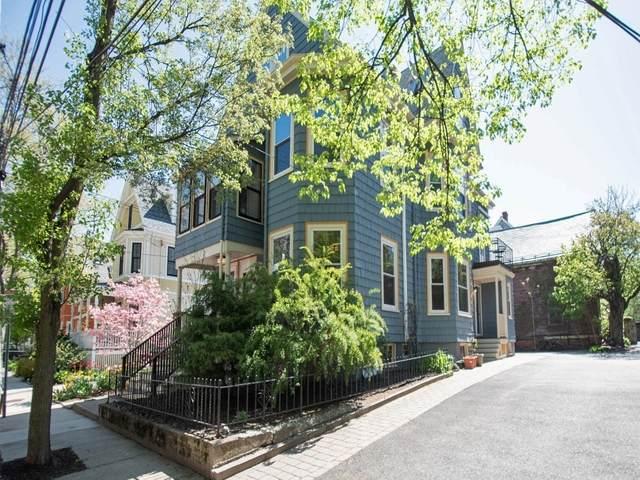 17 St. James Avenue #17, Somerville, MA 02144 (MLS #72829569) :: Boston Area Home Click