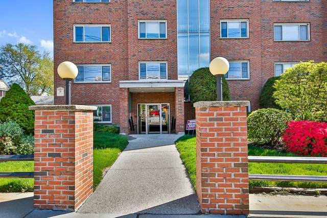 215 Massachusetts Ave #18, Arlington, MA 02474 (MLS #72829914) :: Boston Area Home Click