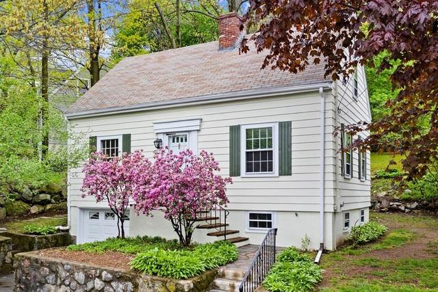 10 Arlmont Street, Arlington, MA 02476 (MLS #72830642) :: Boston Area Home Click