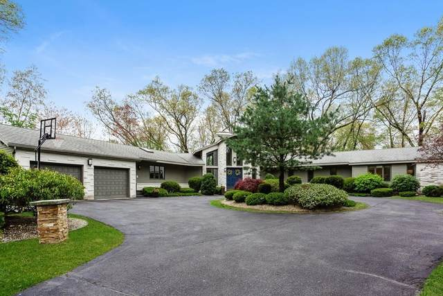 550 Wolf Swamp Road, Longmeadow, MA 01106 (MLS #72830853) :: NRG Real Estate Services, Inc.
