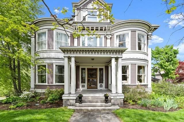 165 Hunnewell Ave, Newton, MA 02458 (MLS #72830903) :: Boston Area Home Click