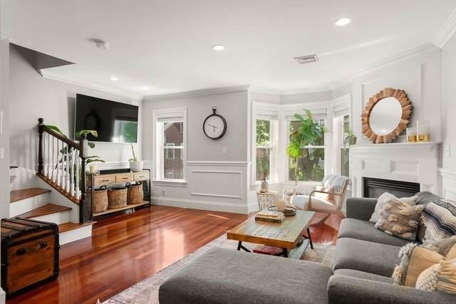 550 E 8Th St #2, Boston, MA 02127 (MLS #72831121) :: Boston Area Home Click
