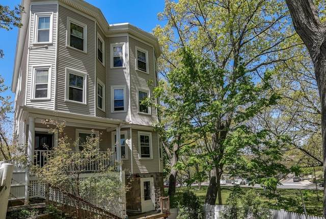19 Eliot Crescent #2, Brookline, MA 02467 (MLS #72831190) :: Boston Area Home Click