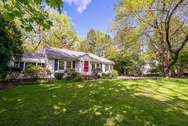 460 Weston Rd, Wellesley, MA 02482 (MLS #72831591) :: The Gillach Group