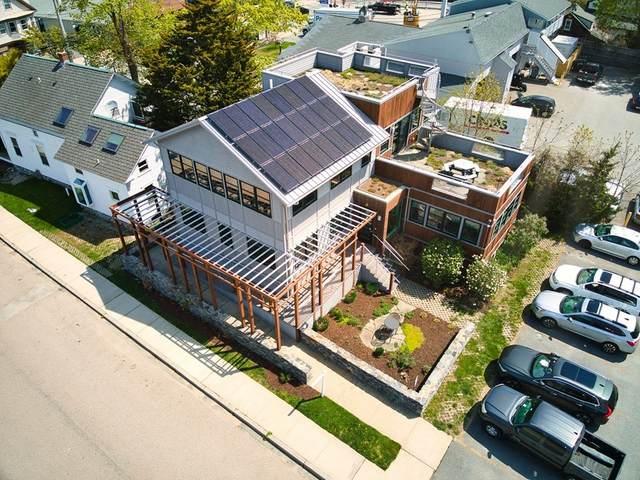 5 Clinton Ave., Jamestown, RI 02835 (MLS #72831925) :: Welchman Real Estate Group
