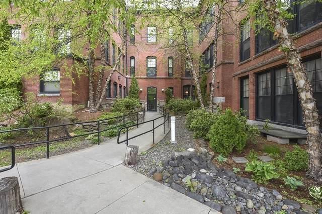 28 Adams Street #304, Worcester, MA 01604 (MLS #72831961) :: East Group, Engel & Völkers