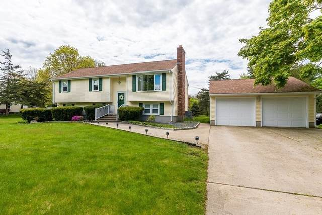 1179 Oakhill Ave, Attleboro, MA 02703 (MLS #72832072) :: Alex Parmenidez Group