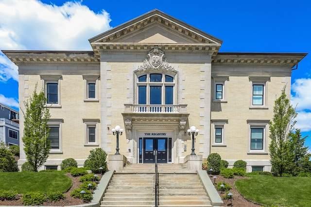 7 Russell Street #204, Plymouth, MA 02360 (MLS #72832951) :: Westcott Properties