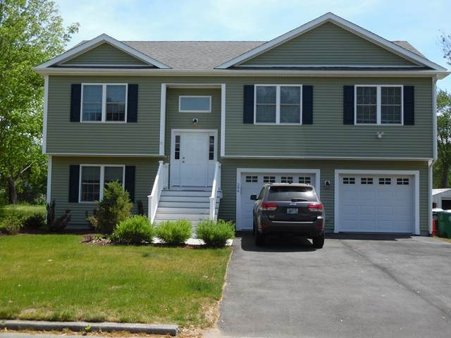 296 Pequot Ave, Warwick, RI 02889 (MLS #72837487) :: The Duffy Home Selling Team