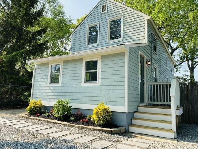 93 Hazard Avenue, Warwick, RI 02889 (MLS #72837771) :: The Duffy Home Selling Team