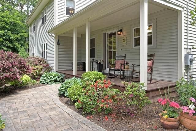 165 Cumberland Rd, Wrentham, MA 02093 (MLS #72840071) :: The Duffy Home Selling Team