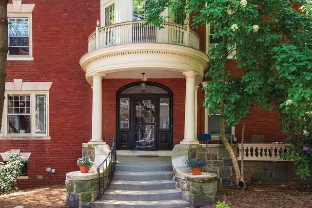 24 Warwick Rd, Brookline, MA 02445 (MLS #72840625) :: Boston Area Home Click