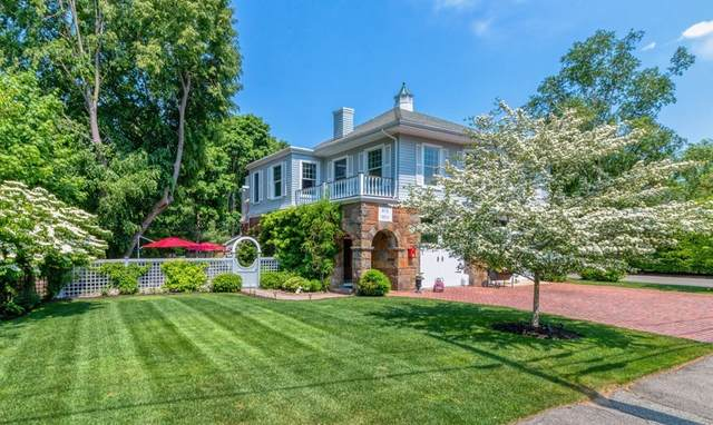 2 Phillips Avenue, Swampscott, MA 01907 (MLS #72841845) :: The Duffy Home Selling Team
