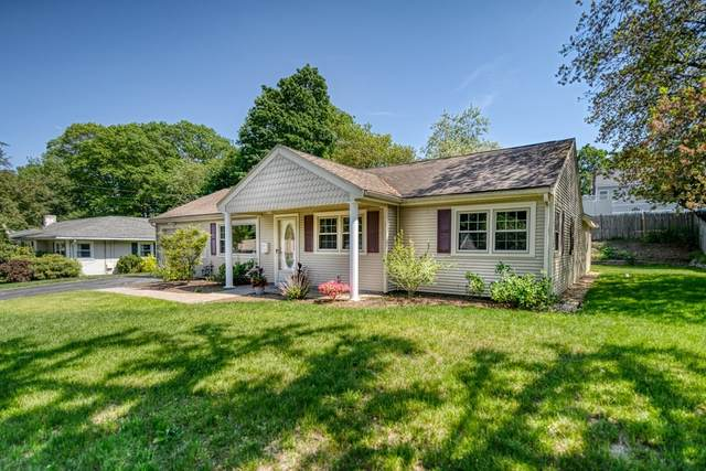 13 Dwight Ave, Natick, MA 01760 (MLS #72842387) :: Conway Cityside