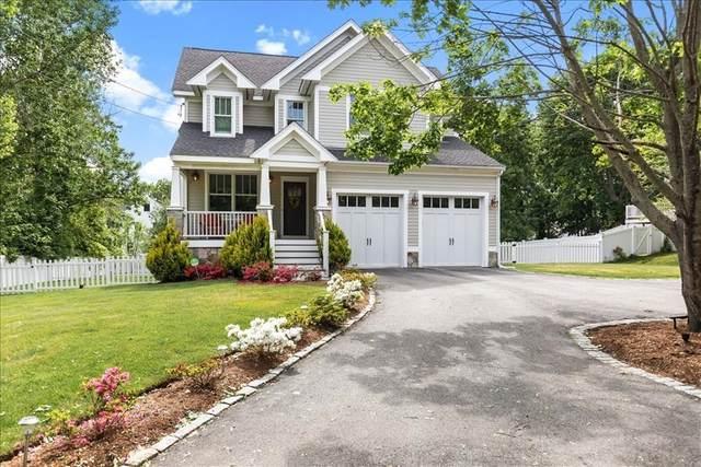 8 Planters Ln, Hingham, MA 02043 (MLS #72842721) :: Chart House Realtors