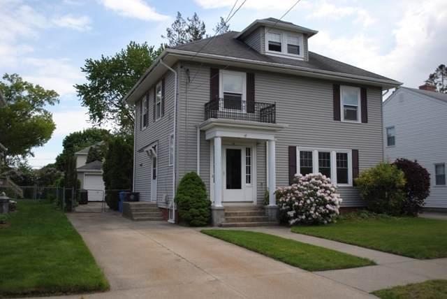 72 Shirley Blvd, Cranston, RI 02910 (MLS #72843050) :: The Ponte Group