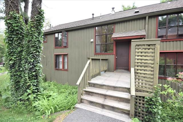 26 Pine Grove #26, Amherst, MA 01002 (MLS #72843280) :: Spectrum Real Estate Consultants