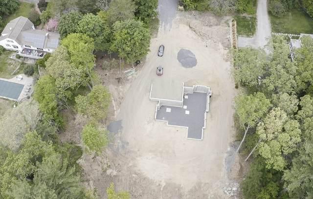 89 Moore Road, Sudbury, MA 01776 (MLS #72844422) :: Welchman Real Estate Group