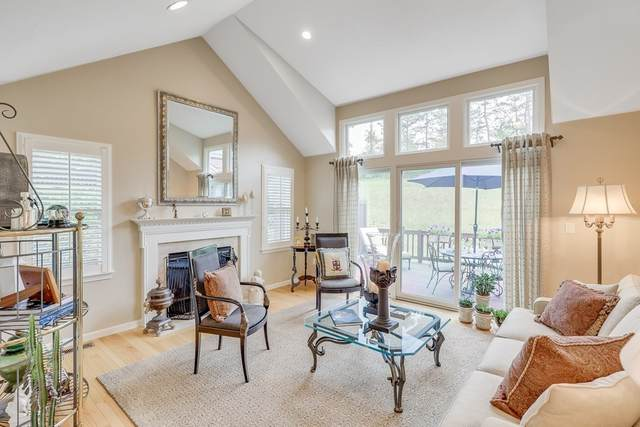 10 Holbeck Corner #10, Plymouth, MA 02360 (MLS #72844715) :: Cape Cod and Islands Beach Properties