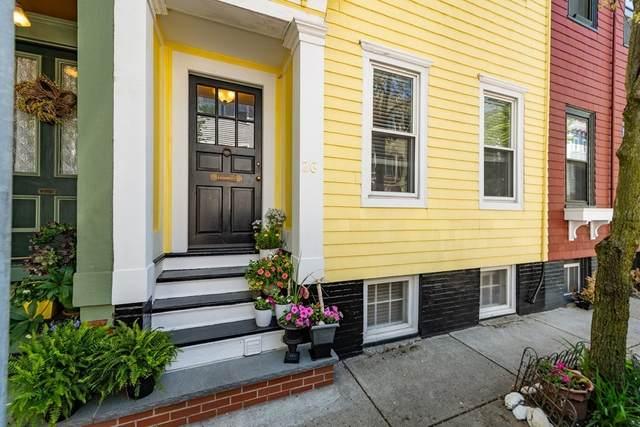 26 Russell St, Boston, MA 02129 (MLS #72846430) :: Westcott Properties