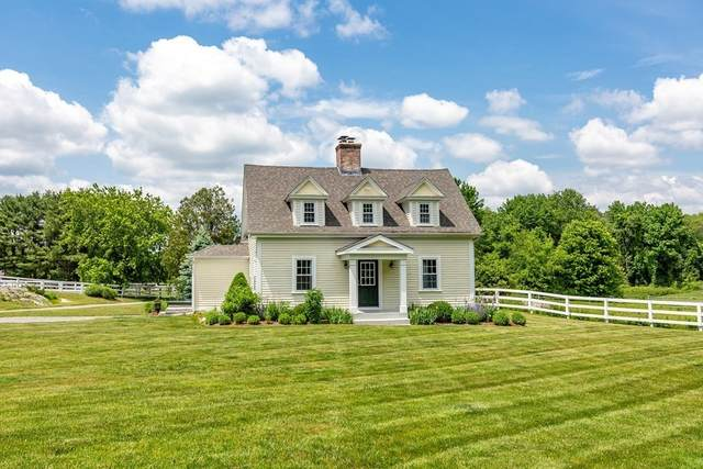 1 Hunt Drive, 1A, Dover, MA 02030 (MLS #72847821) :: The Seyboth Team