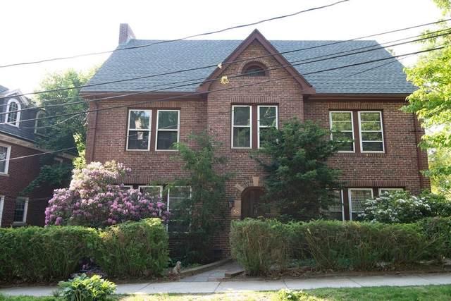 58 Rawson, Brookline, MA 02445 (MLS #72848134) :: Boston Area Home Click