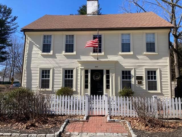 987 Greenwich Ave, Warwick, RI 02886 (MLS #72848202) :: The Duffy Home Selling Team