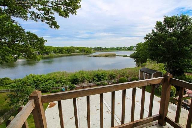 20 Walley Court, Barnstable, MA 02601 (MLS #72848634) :: Cape Cod and Islands Beach Properties