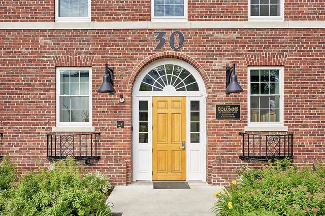 30 Village Hill Rd #202, Northampton, MA 01060 (MLS #72849055) :: Maloney Properties Real Estate Brokerage