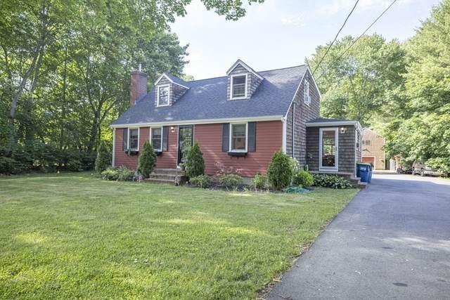 105 Cedar St, East Bridgewater, MA 02333 (MLS #72849535) :: The Duffy Home Selling Team