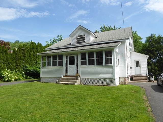 25 Wood Avenue, South Hadley, MA 01075 (MLS #72849773) :: Spectrum Real Estate Consultants