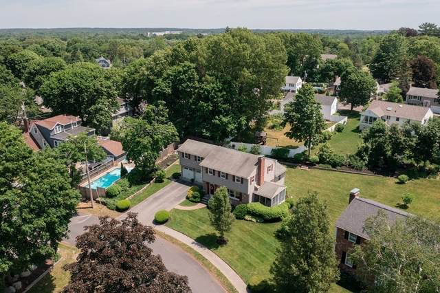 40 Pennsylvania Ave, Reading, MA 01867 (MLS #72849853) :: Spectrum Real Estate Consultants