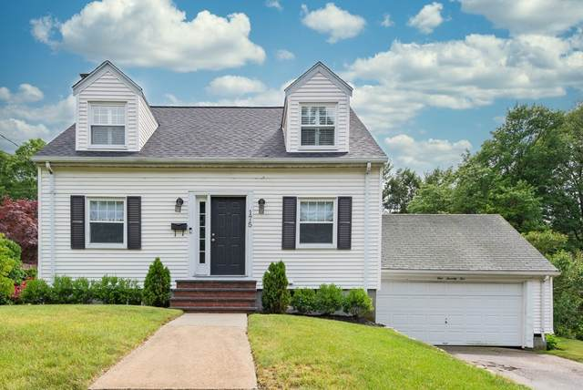 175 Vincent Rd, Dedham, MA 02026 (MLS #72850343) :: Trust Realty One