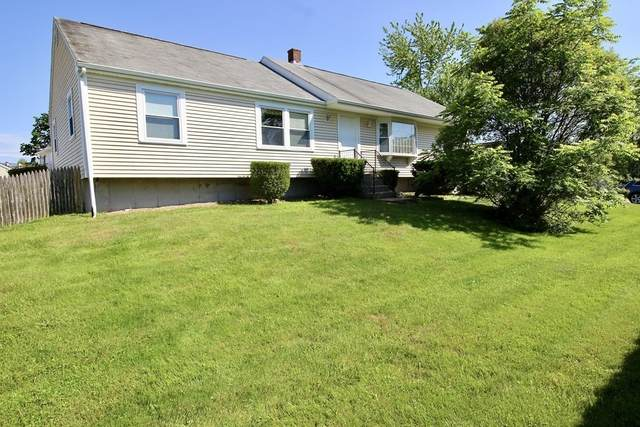 62 Center St, Dartmouth, MA 02748 (MLS #72850559) :: Welchman Real Estate Group