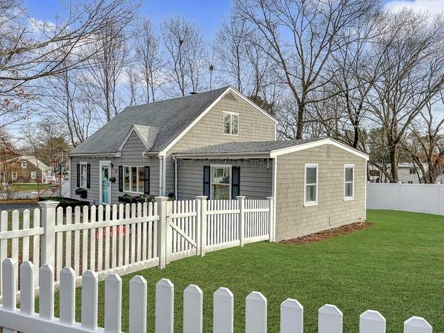 17 Centre St, Natick, MA 01760 (MLS #72850714) :: Conway Cityside